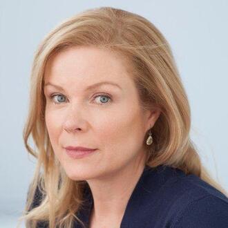 Jennifer Ryan (II)