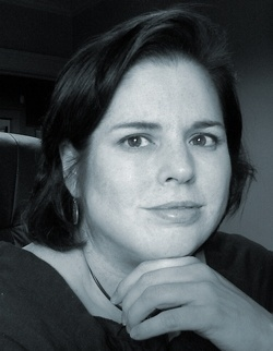 Paula Graves