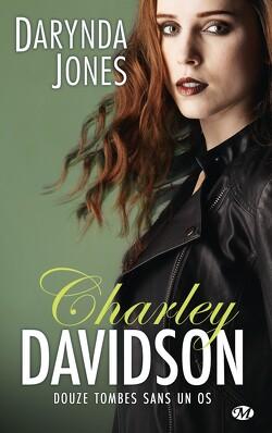 Couverture de Charley Davidson, Tome 12 : Douze tombes sans un os