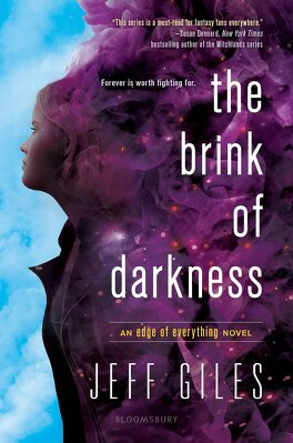 Couverture du livre : The Edge of Everything, tome 2 : The Brink of Darkness