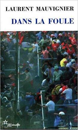 Couverture du livre : Dans la foule