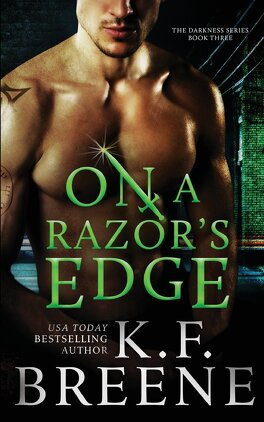 Couverture du livre : Darkness, Tome 3 : On a Razor's Edge
