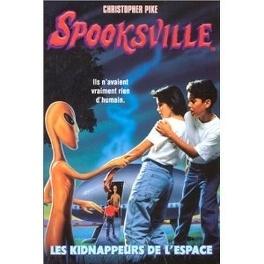 Couverture du livre : SpooksVille, Tome  4 : Les kidnappeurs de l'espace