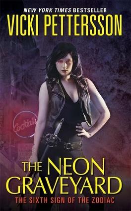 Couverture du livre : L'étreinte du zodiaque, Tome 6 : The Neon Graveyard