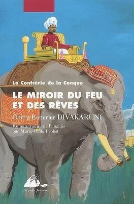 Couverture du livre : La Confrérie de la conque, Tome 2 : Le miroir du feu et des rêves