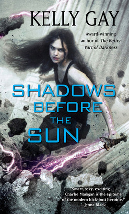Couverture du livre : Charlie Madigan, tome 4 : Shadows Before the Sun
