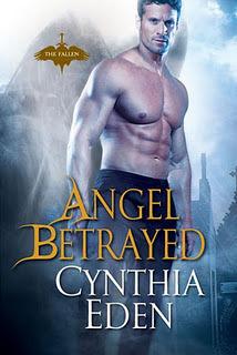 Couverture du livre : The Fallen, Tome 2 : Angel Betrayed
