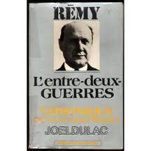Couverture du livre : Chronique d'une Guerre Perdue, tome 1 : L'Entre-Deux-Guerres