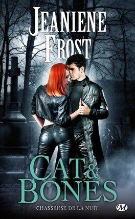 Couverture du livre : Chasseuse de la Nuit, HS : Cat & Bones