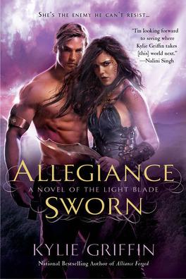 Couverture du livre : The Light Blade, Tome 3 : Allegiance Sworn