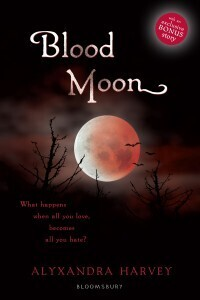 Couverture du livre : Outre-tombe, Tome 5 : Blood moon