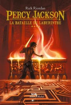 Couverture de Percy Jackson, Tome 4 : La Bataille du labyrinthe