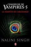 couverture Chasseuse de vampires, Tome 5 : La Tempête de l'archange