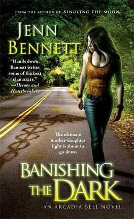 Couverture du livre : Arcadia Bell, Tome 4 : Banishing the Dark