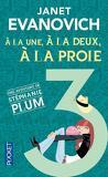 Stéphanie Plum, Tome 3 : À la Une, à la Deux, à la Proie