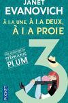 couverture Stéphanie Plum, Tome 3 : À la une, à la deux, à la proie