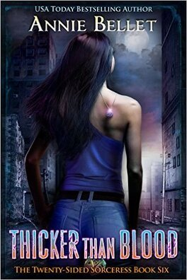 Couverture du livre : The Twenty-Sided Sorceress, Tome 6: Thicker Than Blood