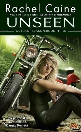 Couverture du livre : Outcast Season, Tome 3: Unseen