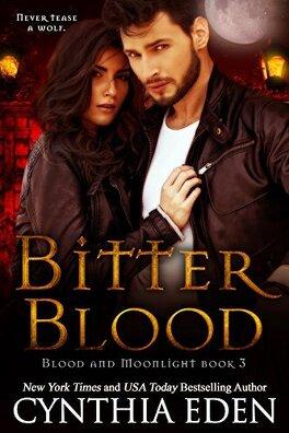 Couverture du livre : Blood and Moonlight, Tome 3: Bitter Blood