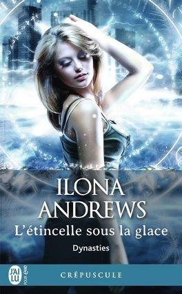 Couverture du livre : Dynasties, Tome 2 : L'Étincelle sous la glace