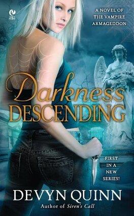 Couverture du livre : Vampire Armageddon, Tome 1: Darkness Descending